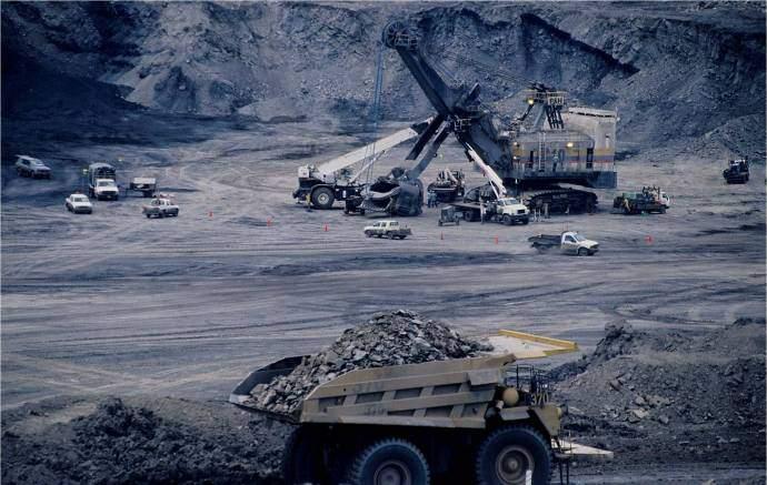 Kohlemine, Die Ausbeutung von Rohstoffen, konkret von Kohle
